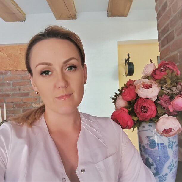 Kosmetologė Raimonda Alondarė - Esthederm patirtis