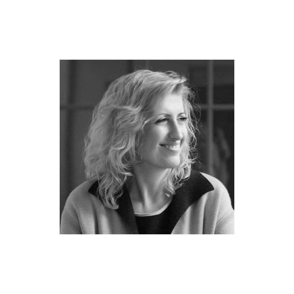 Dabar bus kitaip - Liana Ruokyte-Jonsson - Esthederm Patirtis